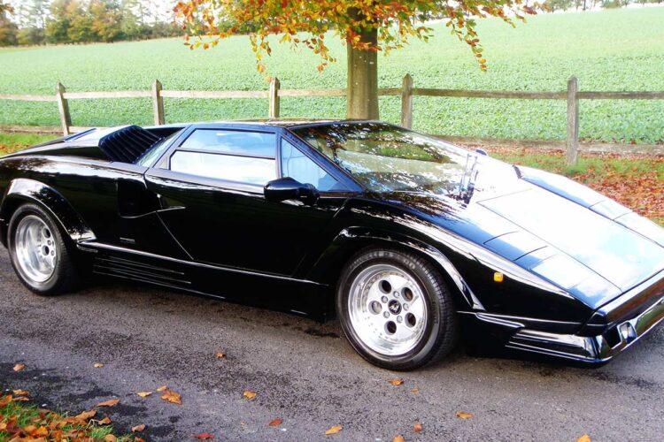Lamborghini-Countach-25th-Anniversary