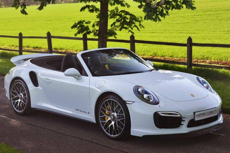 Porsche-911-Turbo-S-Cabriolet